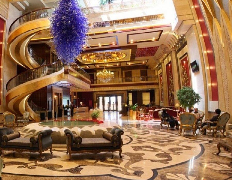 توسعه صنعت هتل سنتی