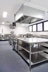 استاندارد آشپزخانه هتل در ارومیه